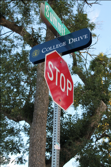 College Drive signs will soon be changed to College Place due to Sioux Falls city ordinance